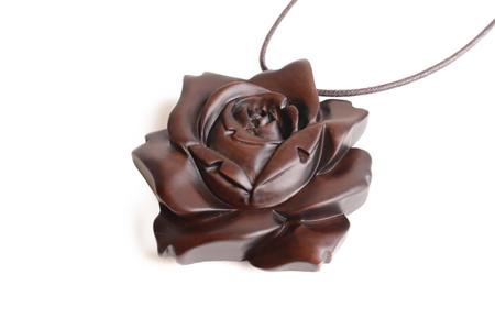 ペンダント 薔薇